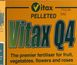 Vitax Q4 Pelleted Fertiliser 0.9 kg